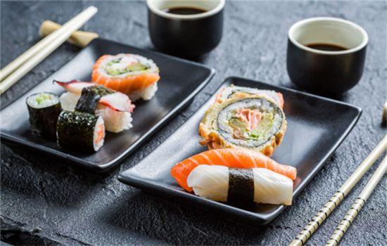 鲜珅寿司加盟有多样的产品选择